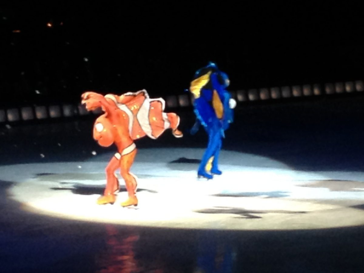Dori and Nemo at Disney on Ice 100 Years of Magic