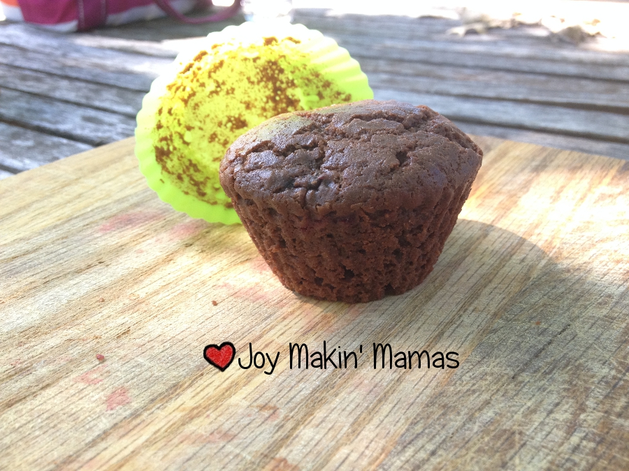 New York Baking Company Muffin cups Review chocolate gingersnap muffins pop right out