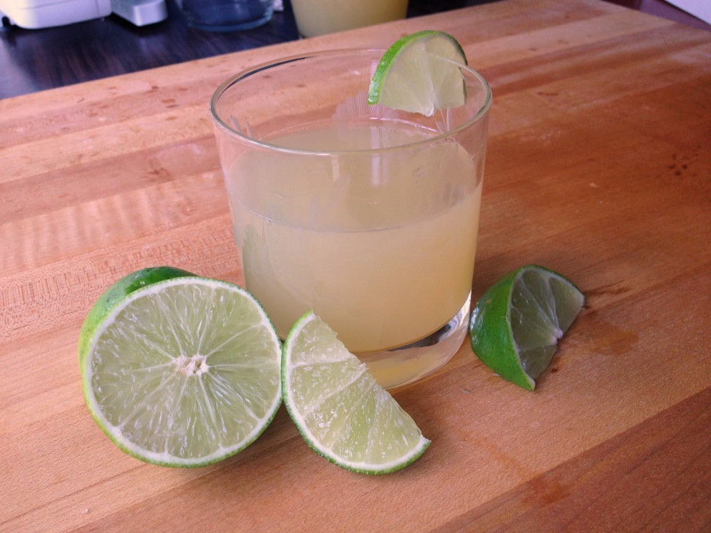 Fizzy Honey Limeade in a glass Joy Makin Mamas recipe