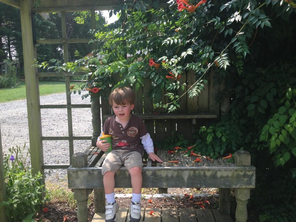 Kid size potting bench Joy Makin Mamas